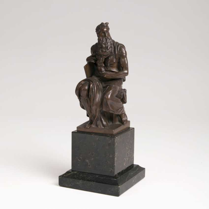 Small Bronze of Moses after Michelangelo - photo 1