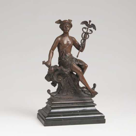Bronze sculpture 'Seated Hermes with a staff and wallet' - photo 1