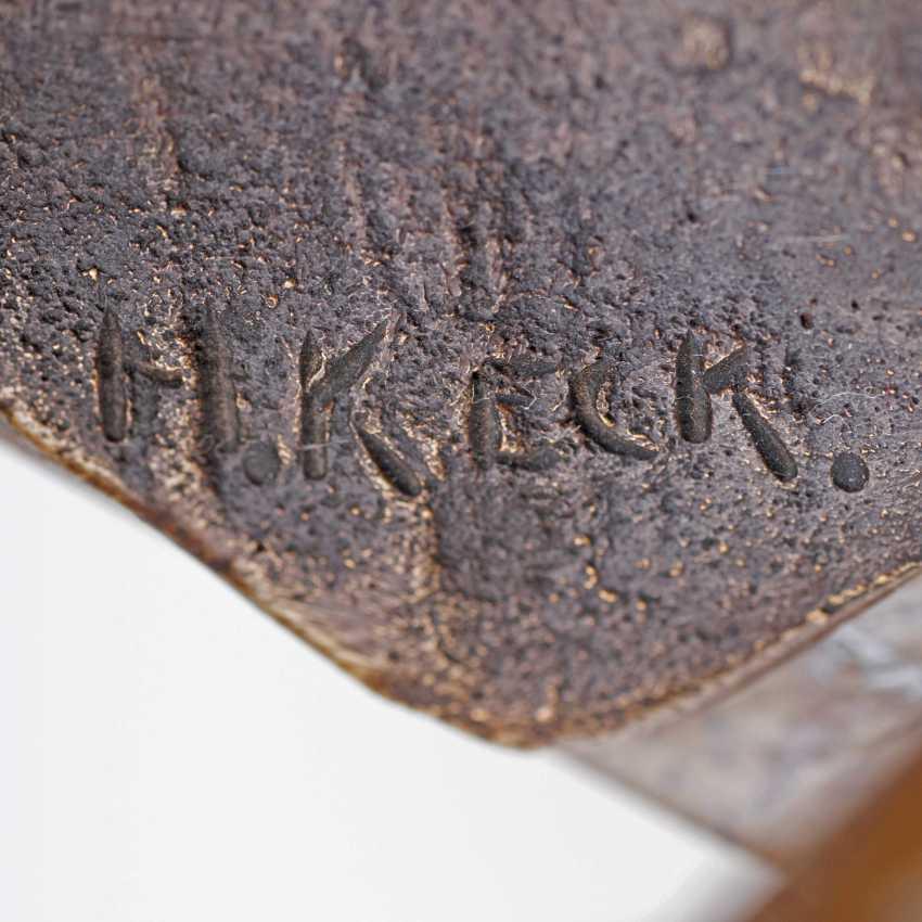 Hans Keck active around 1925. Bronze Sculpture 'Stone Thrower' - photo 2