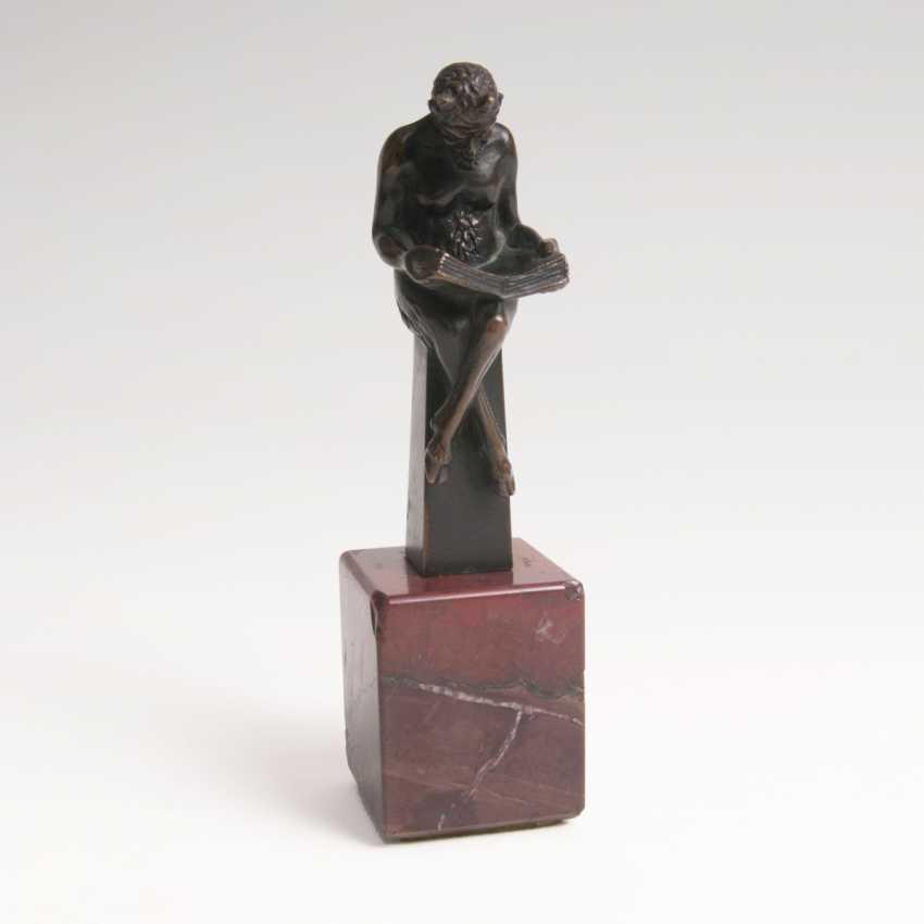 Small Bronze 'Reading Faun' - photo 1