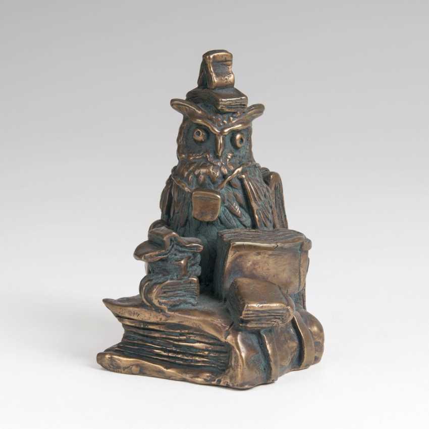 Rainer Hercks (Augsburg 1951 - Großaitingen near Augsburg, 2005). Bronze Sculpture, 'The Booklover' - photo 1