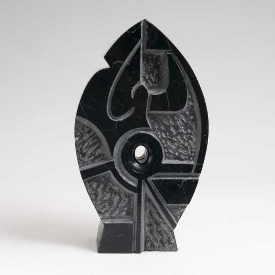 Pierre (Hans Adolf Peter), Schumann (Heide (Holst.) 1917 - Eutin 2011). Marble Sculpture 'The Fish' - photo 1