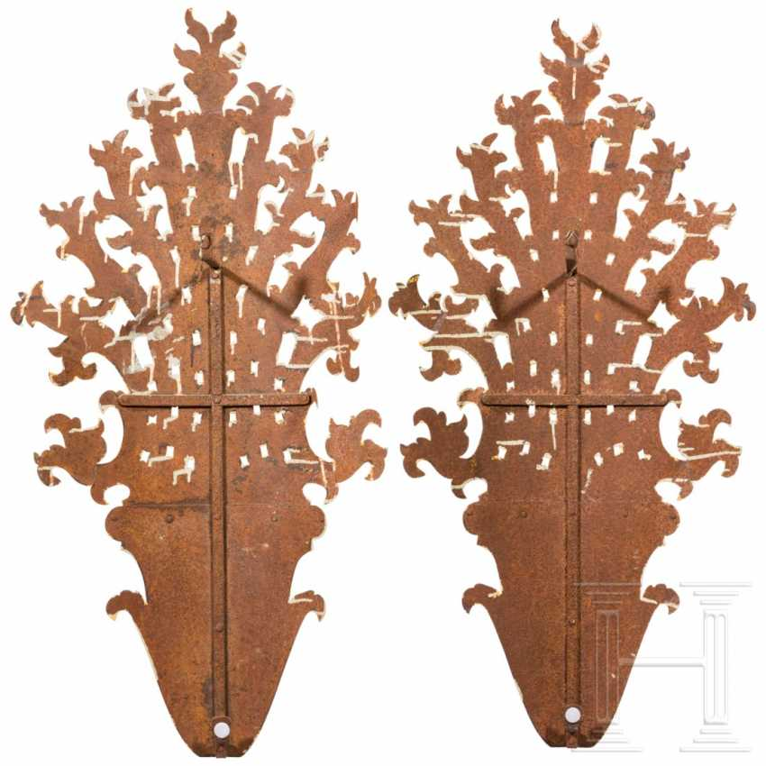 A pair of large, unusual appliqués in the Rococo style, Italy, 18th / 19th century. century - photo 5