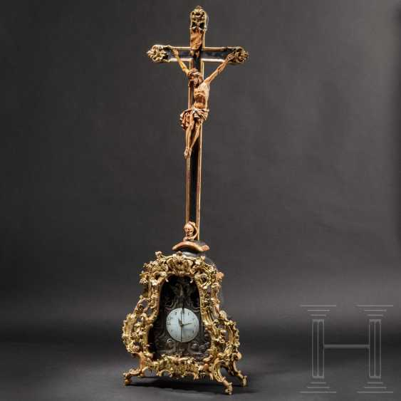 Fine, imposing Rococo standing crucifix with a front zappler, Austria / South German, around 1760 - photo 1