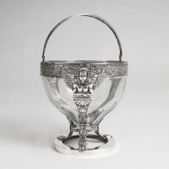 Empire handle basket with fine decor and glass insert - photo 1