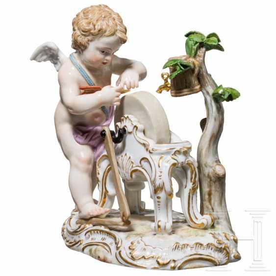 Fine porcelain figure Amor as a grinder, Meissen, 19th century - photo 1