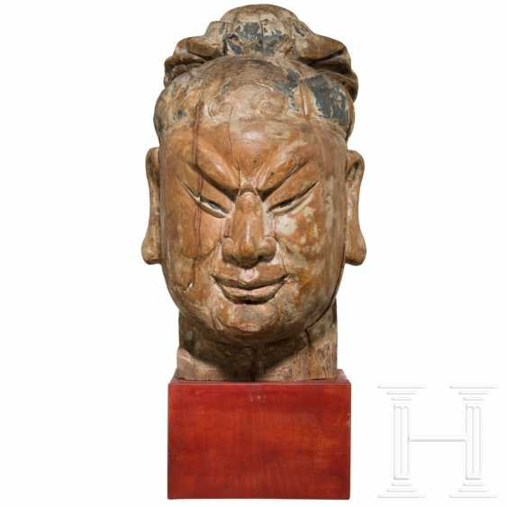Imposing head of a high-ranking official, China, Ming dynasty, 16th / 17th century - photo 3