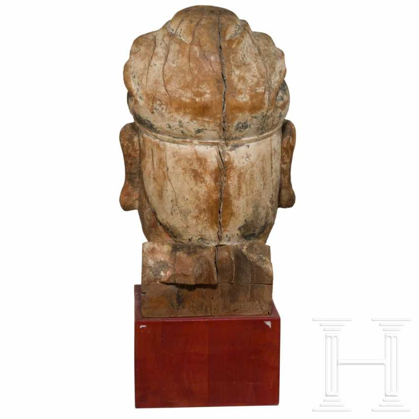 Imposing head of a high-ranking official, China, Ming dynasty, 16th / 17th century - photo 6