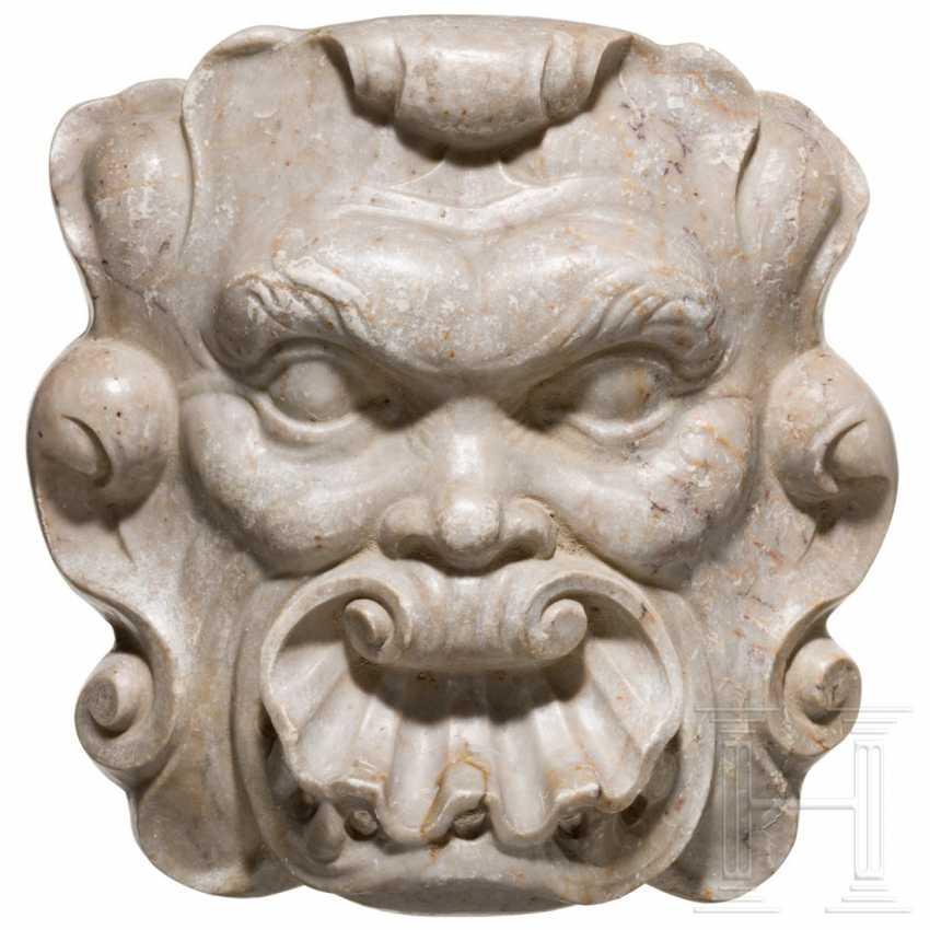 Baroque marble fountain mask, Spain, 17th century - photo 1