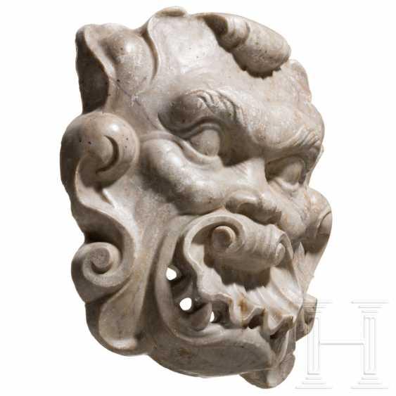 Baroque marble fountain mask, Spain, 17th century - photo 2