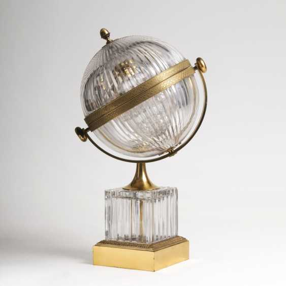Gorgeous crystal glass Tantalus in globe shape - photo 1