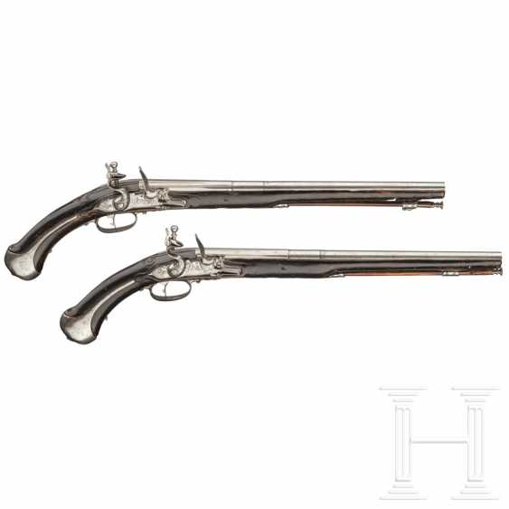 A pair of flintlock pistols, Giovanni Fondrino in Padua, around 1680 - photo 1
