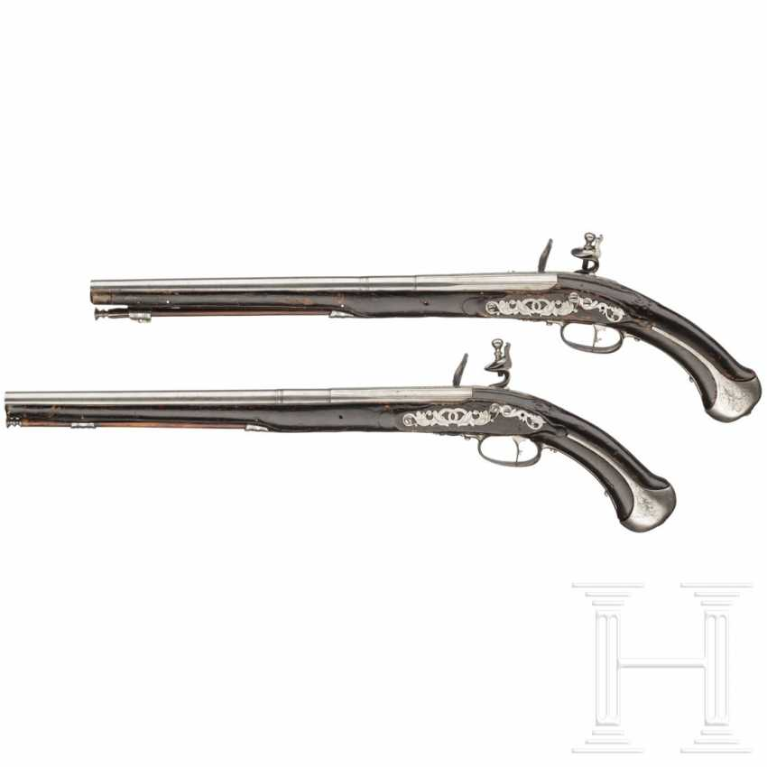 A pair of flintlock pistols, Giovanni Fondrino in Padua, around 1680 - photo 2