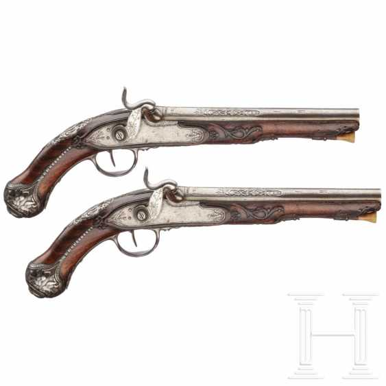 A pair of cut percussion pistols, Italy, around 1760 - photo 1