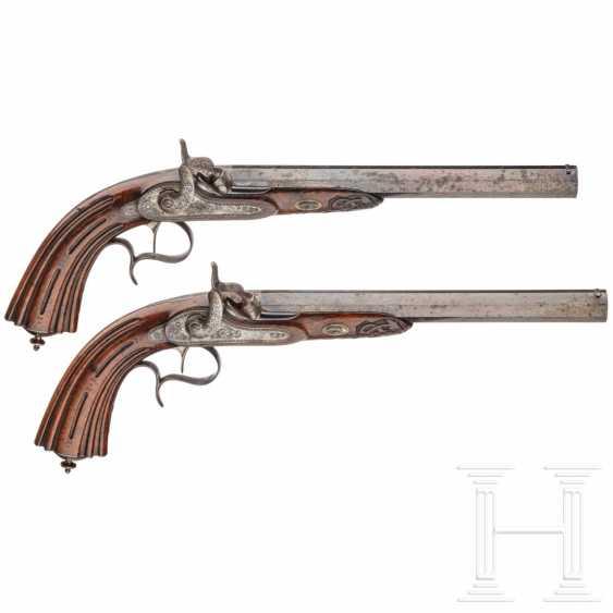 A pair of percussion pistols in a case, Devisme, Paris, circa 1850 - photo 1