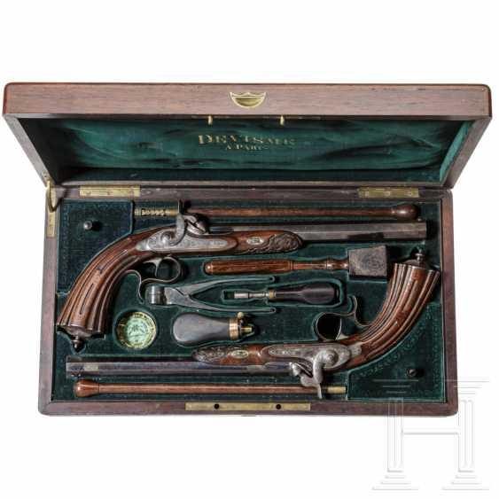 A pair of percussion pistols in a case, Devisme, Paris, circa 1850 - photo 4