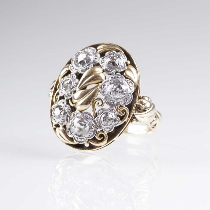 Vintage diamond Ring with flower decor - photo 1