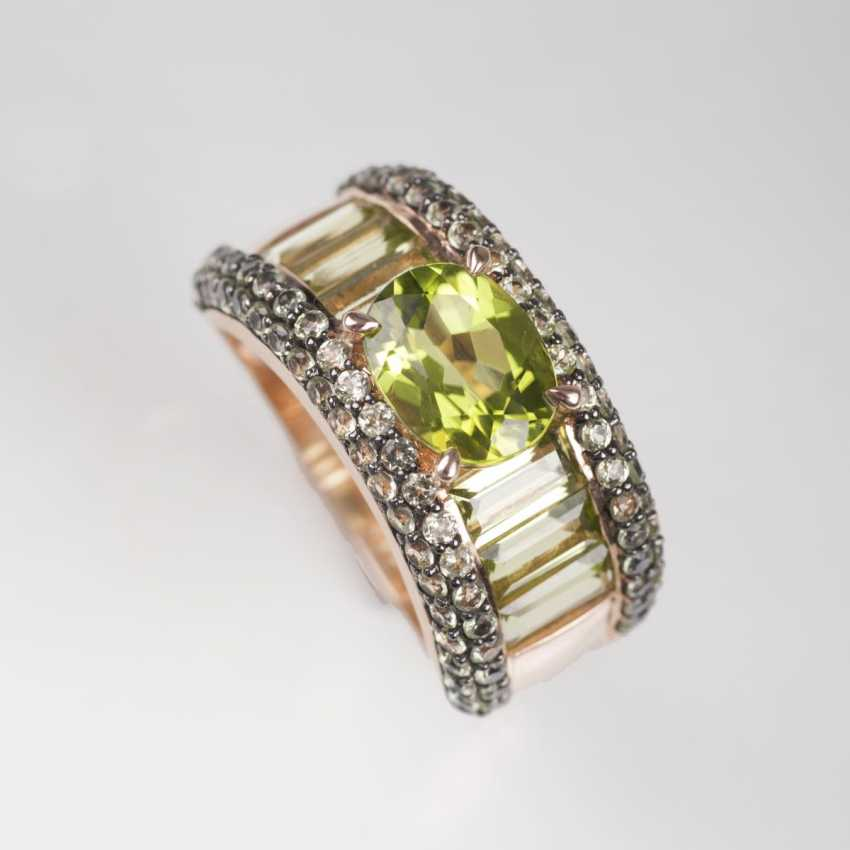 Moderner Peridot-Ring - photo 1