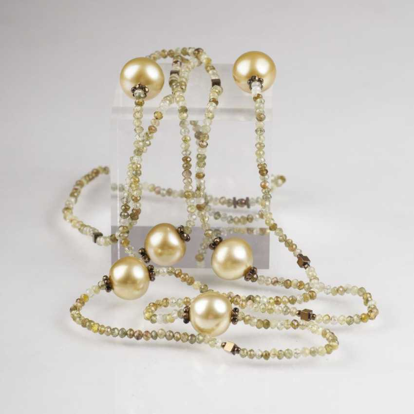 Sautoir with Grossularite garnet and South sea pearls - photo 1