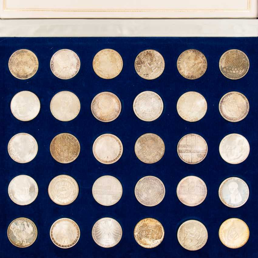 Mixed lot of coins and medals - photo 6
