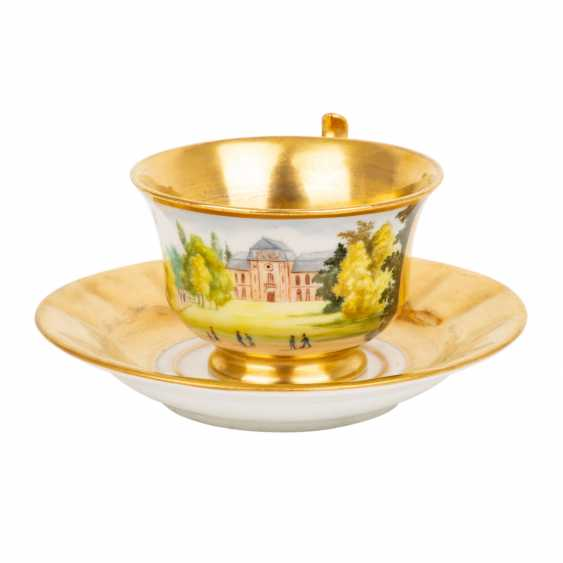 MEISSEN cup and saucer, 19th century. - photo 1
