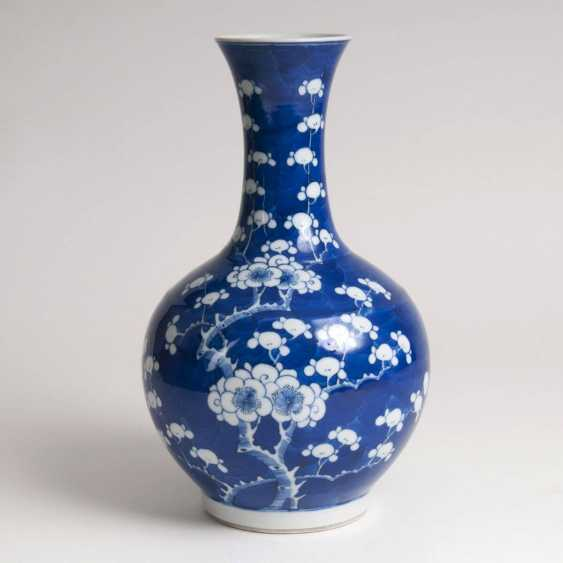 Porcelain baluster vase with plum blossoms - photo 1