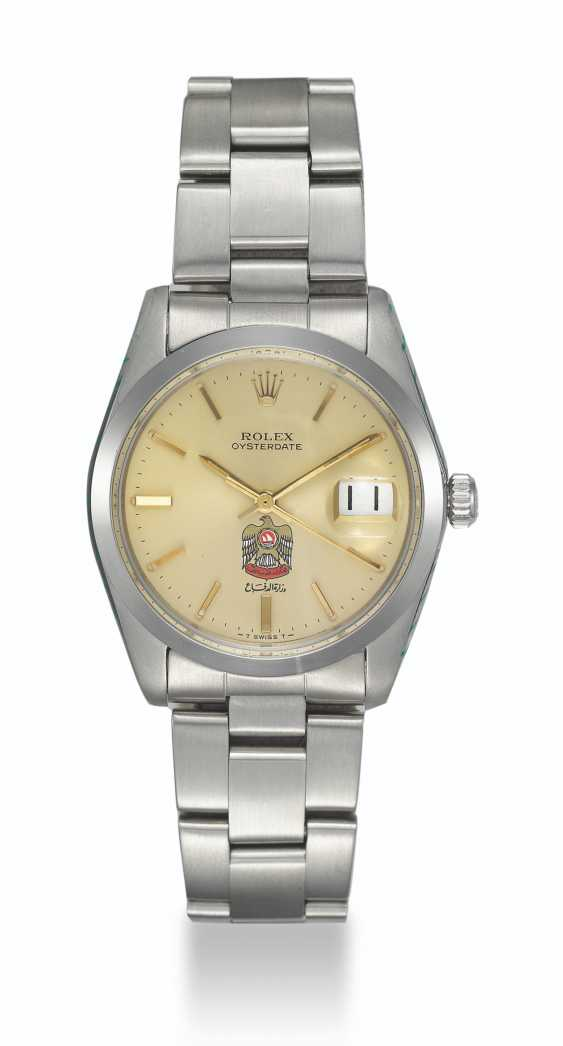 ROLEX, STEEL OYSTERDATE WITH UAE CREST, REF. 6694 - photo 1