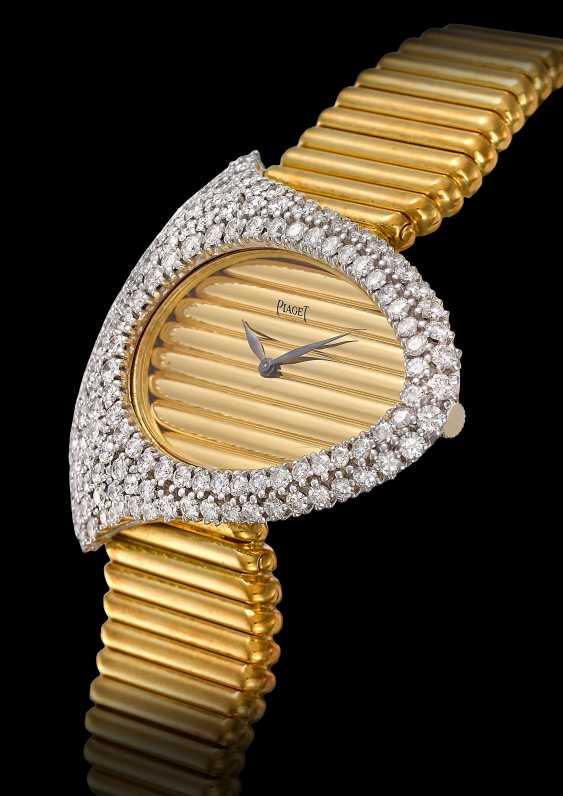 PIAGET, GOLD AND DIAMONDS ASYMMETRICAL WATCH - photo 2