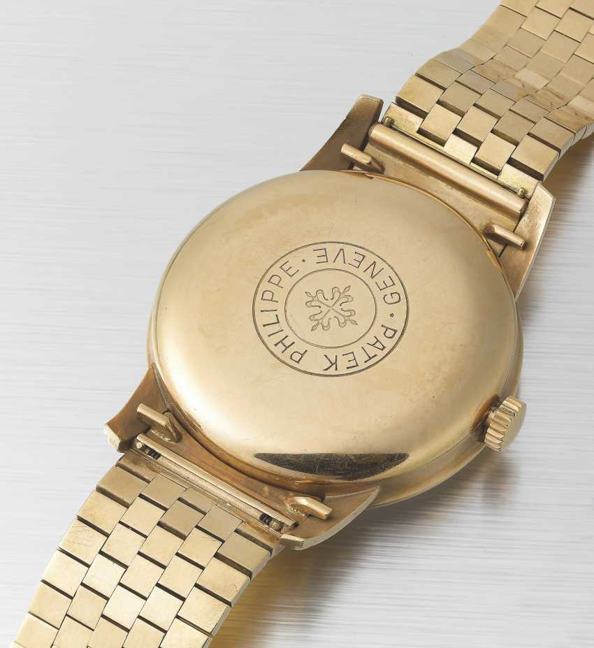 PATEK PHILIPPE, PINK GOLD AND RUBIES, REF. 2481 - MADE IN HOMAGE OF KING SAUD BIN ABDULAZIZ AL SAUD - photo 3