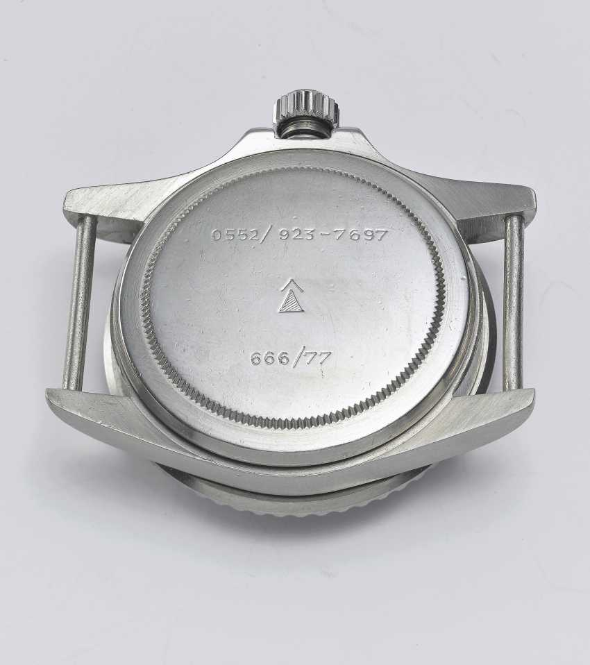 """ROLEX, STEEL SUBMARINER """"MILSUB"""", REF. 5513/17- MADE FOR THE BRISTISH ROYAL NAVY - photo 4"""
