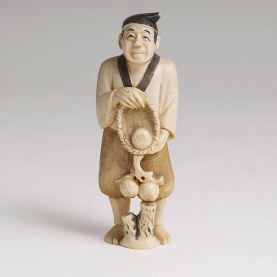 Japanese Okimono man with basket of fruit' - photo 1