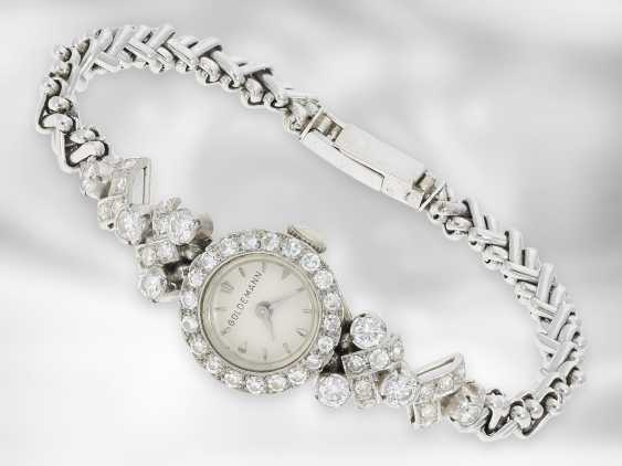 Wrist watch: decorative, unusual and high-quality crafted vintage ladies watch with rich brilliants / diamonds, approx. 2 ct, 18K white gold, 50s / 60s - photo 2