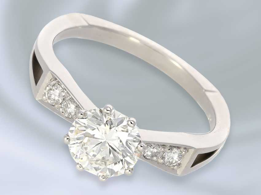 Ring: unusual and formerly very expensive diamond gold wrought ring, center stone of approx. 1.15ct - photo 2