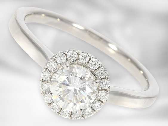 Ring: valuable diamond / solitaire ring made of 14K white gold, center stone approx. 0.75ct, as good as new, court jeweler Roesner NP 7,150 € - photo 1