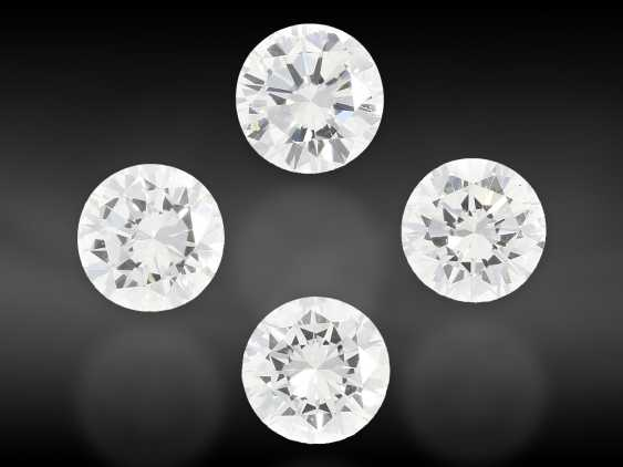 Brilliant: Mixed lot of 4 brilliant-cut diamonds of the finest quality, a total of approx. 1.6 ct, from the liquidation of the court jeweler Roesner - photo 1