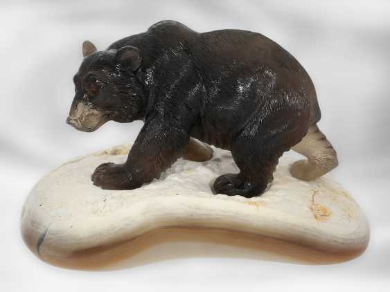 Figure / stone carving: Bear sculpture made of smoky quartz on an agate plate, probably from the Eberhard Bank master studio - photo 2