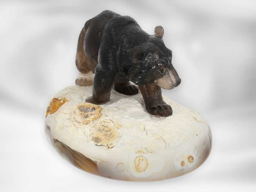 Figure / stone carving: Bear sculpture made of smoky quartz on an agate plate, probably from the Eberhard Bank master studio - photo 4