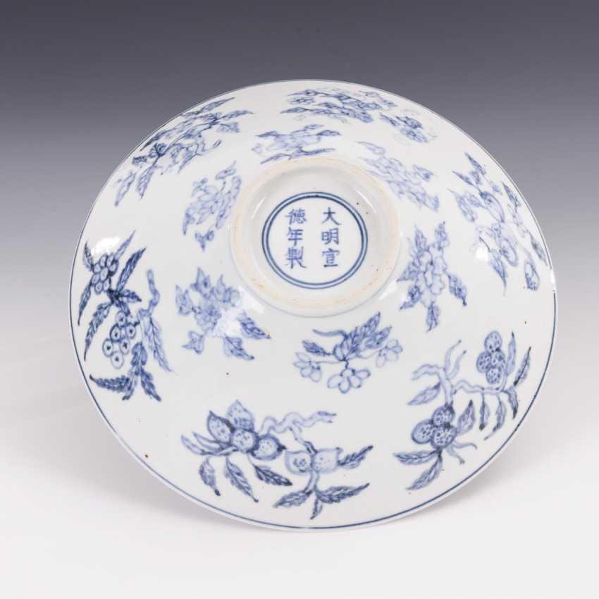 Conical bowl in underglaze blue - photo 2
