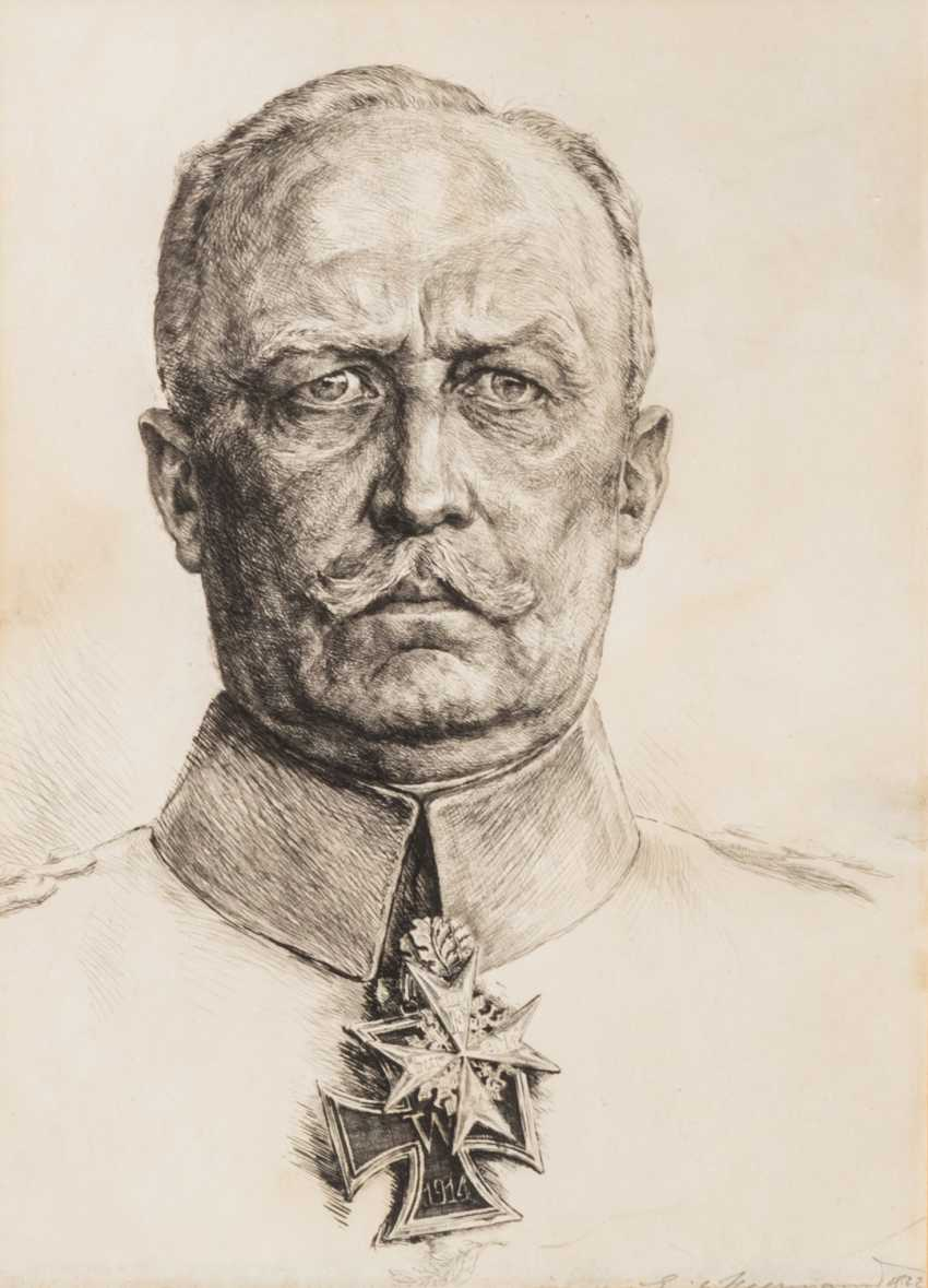 HEERMANN, ERICH VON (geb. 1880) - portrait of General and politician ERICH LUDENDORFF (1865-1937), - photo 2