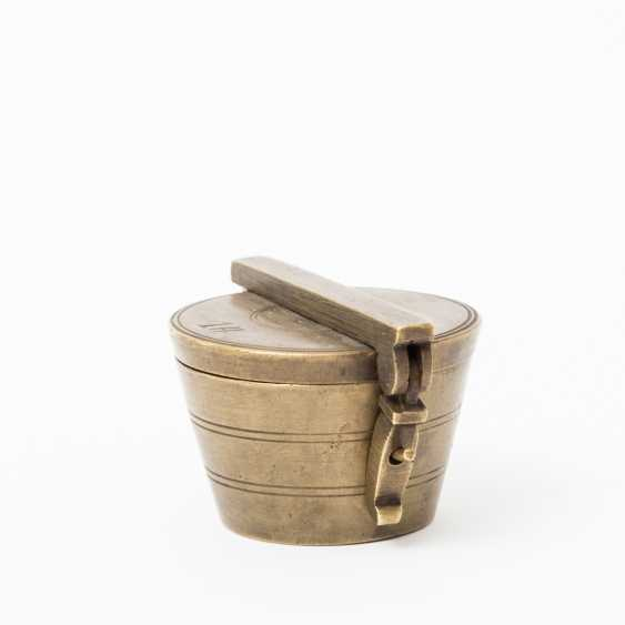Set in Vienna Cup- / the use of weights, made of brass, 1869 - - photo 2