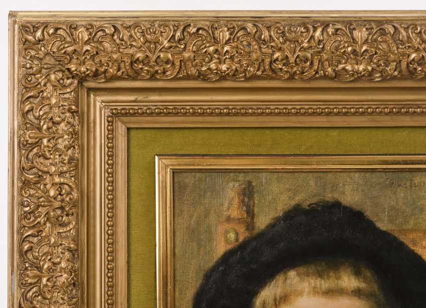 Gold stucco molding frame with a printed portrait - photo 2
