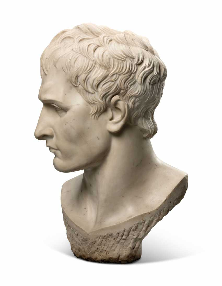 AN ITALIAN WHITE MARBLE OVER-LIFESIZE BUST OF THE EMPEROR NAPOLEON - photo 2