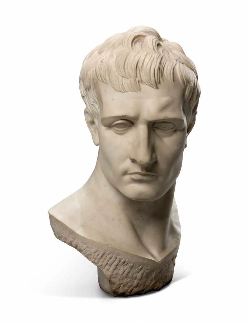 AN ITALIAN WHITE MARBLE OVER-LIFESIZE BUST OF THE EMPEROR NAPOLEON - photo 3