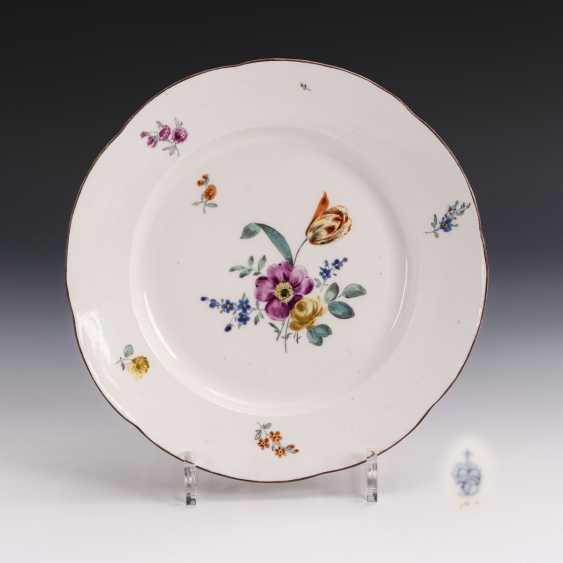 Baroque plate with flower painting - photo 1