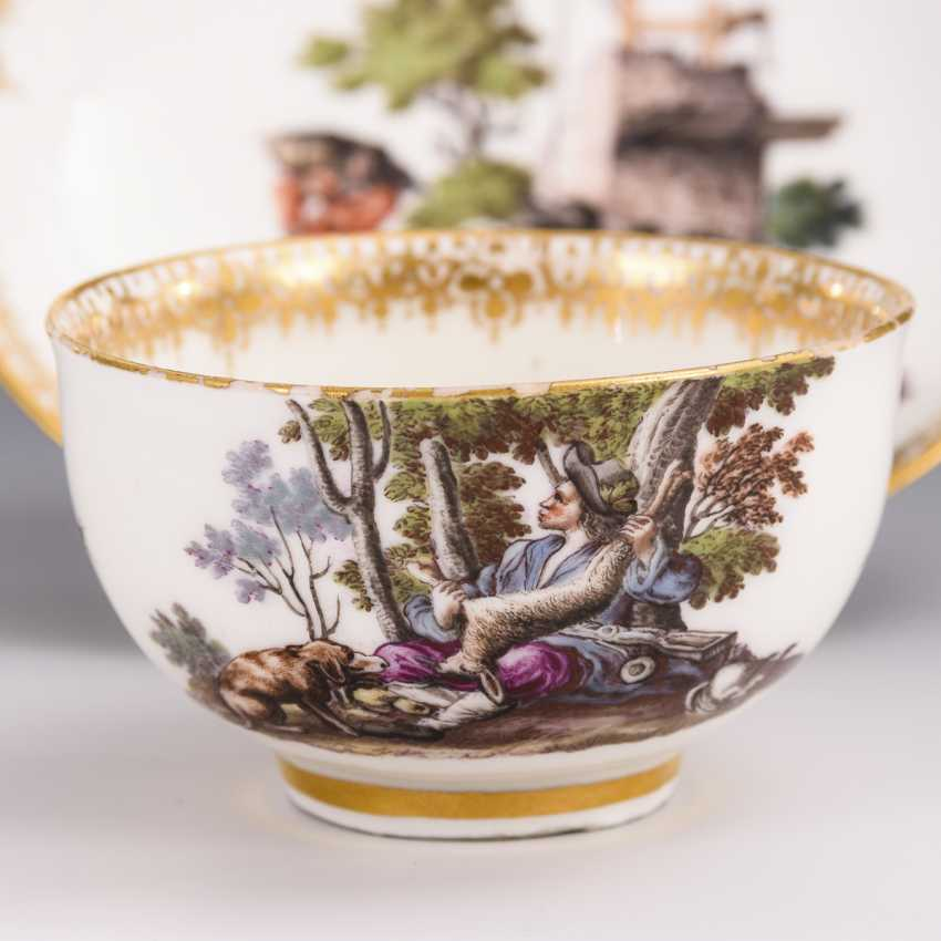 Cup and saucer with hunting motif and tree motif - photo 3