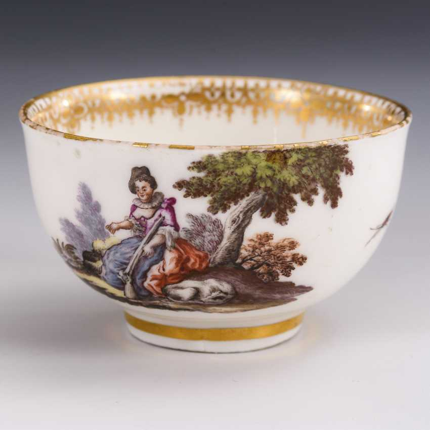 Cup and saucer with hunting motif and tree motif - photo 5