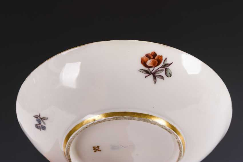 Cup and saucer with hunting motif and tree motif - photo 7