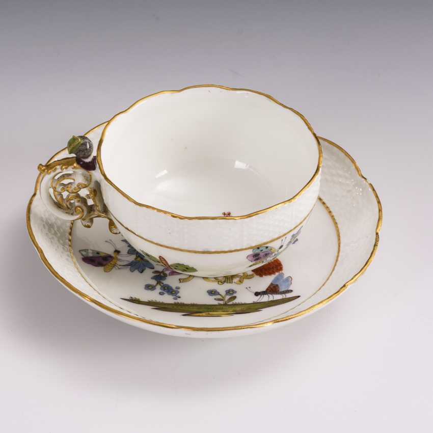 Baroque cup with kakiemon painting and woman's head handle - photo 2