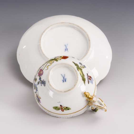 Baroque cup with kakiemon painting and woman's head handle - photo 4