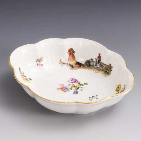 Baroque bowl with poultry painting - photo 2
